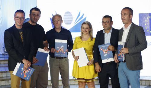 EU Award for Investigative Journalism in Kosovo given to Vehbi Kajtazi